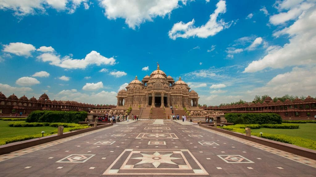 A view of the Akshardham Temple as the last picture on a sunny day