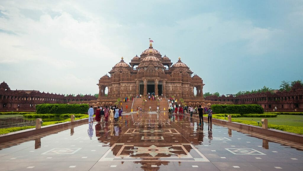 See how the rain causes the stone in front of Akshardham Mandir to be reflective